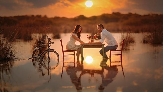 vlyublennye-para-romantika