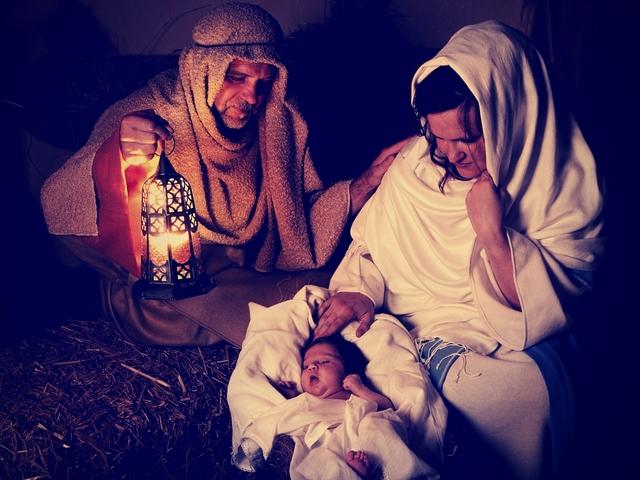 Поздравляем вас с праздником Рождества